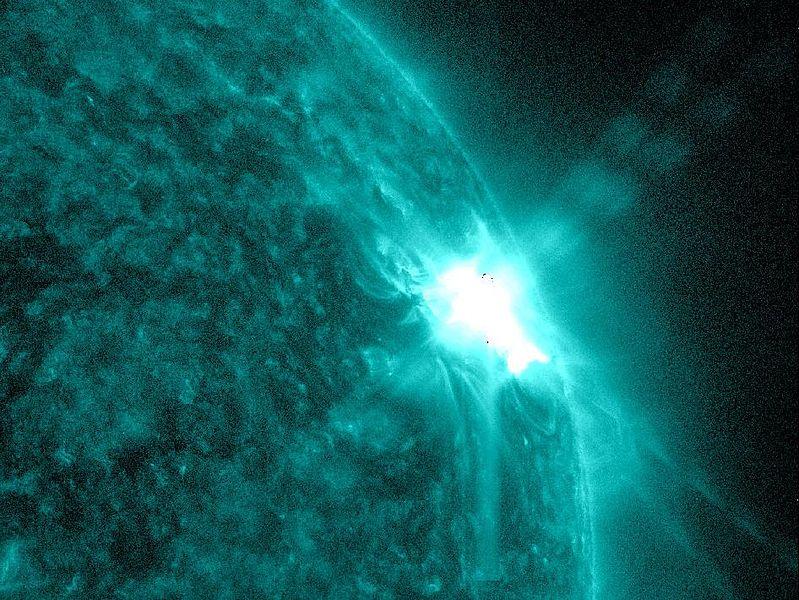 799px-Sun_Spots_and_Solar_Flares