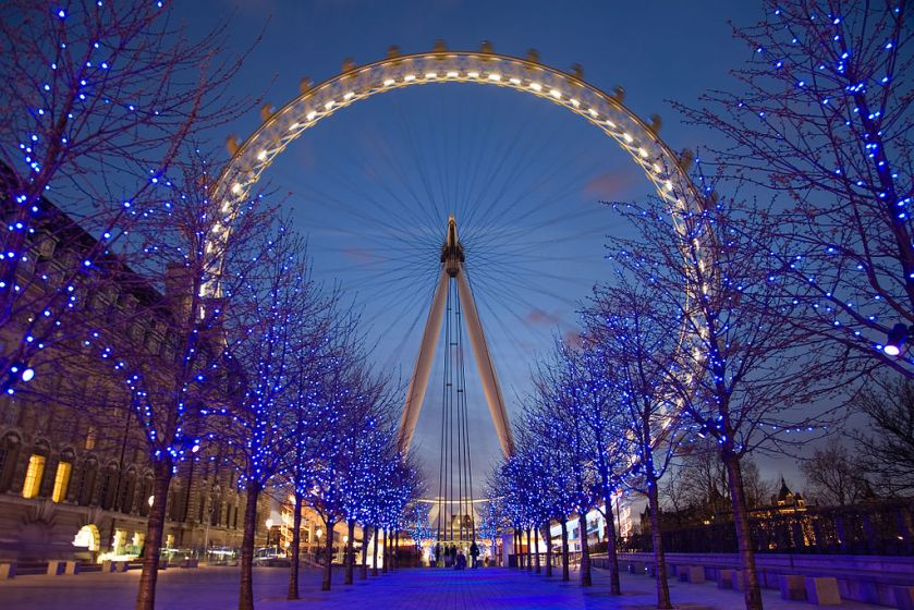 1024px-London_Eye_Twilight_April_2006